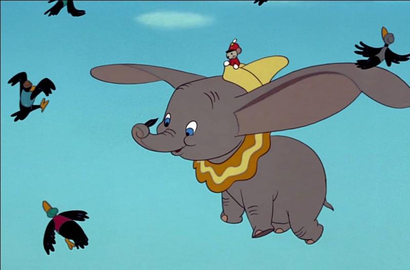 Comment s'appelle le petit éléphant de Disney ?