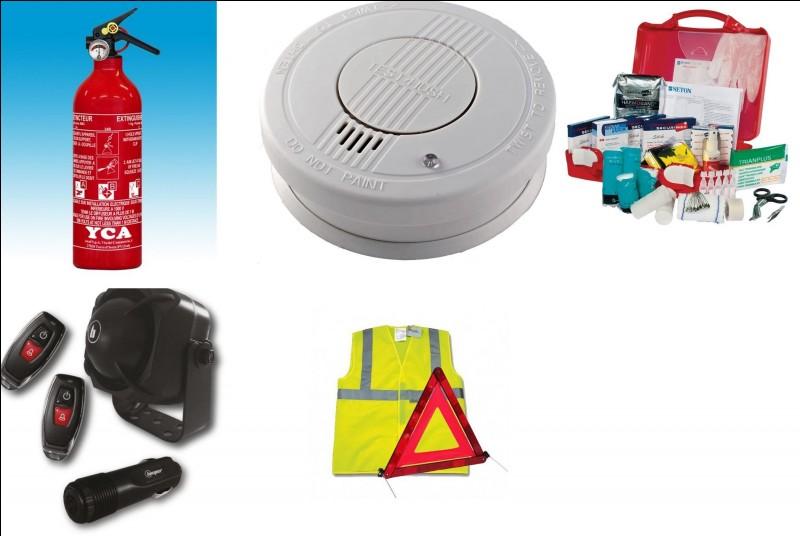 Que contient ce kit de sécurité, disponible à divers endroits à bord du van ?