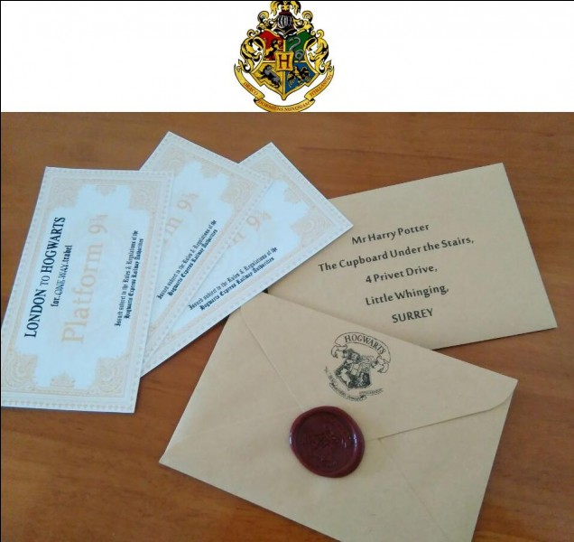 Un matin, tu reçois ta lettre d'admission pour Poudlard. Quelle est ta réaction ?