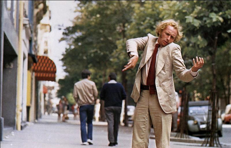 """Il a composé la musique des films """"Le Grand Blond avec une chaussure noire"""" et """"L'As des as"""". C'est :"""