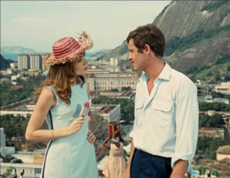 """Il a composé la musique des films """"Le mépris"""" et """"l'homme de Rio"""". C'est :"""