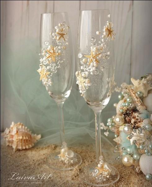 Et enfin, quelle appellation a-t-on usage de donner à du champagne dans lequel on a rajouté de la crème de cassis ?