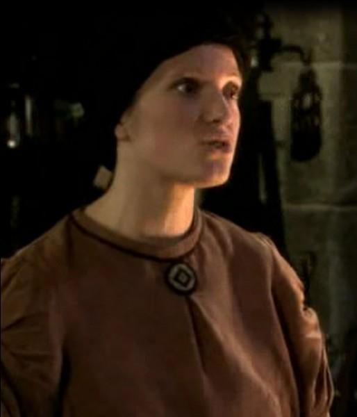 Quel est le nom donné à ce personnage dans le script de la série mais qui n'apparaît pas au générique ?