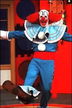 La coiffure de ce clown est restée célèbre. Quel est son nom ?