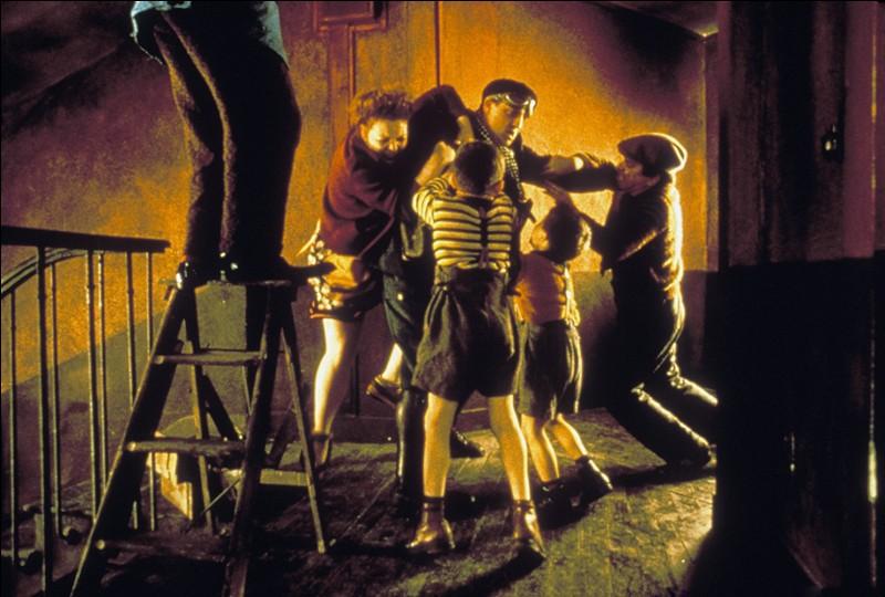 """Dans le film """"Delicatessen"""", il y a un gros point commun entre l'acteur Jean-Claude Dreyfus et l'acteur Jean Yanne..."""