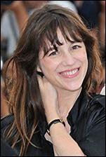 Qui est la mère de l'actrice et chanteuse Charlotte Gainsbourg ?