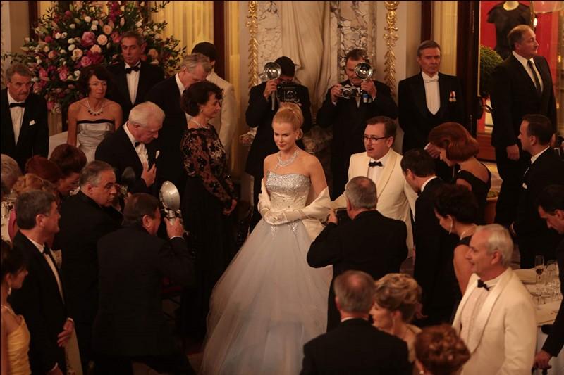 """C'est un réalisateur français qui a dirigé le film """"Grace de Monaco"""", avec Nicole Kidman (Grace) et Tim Roth (Rainier)..."""