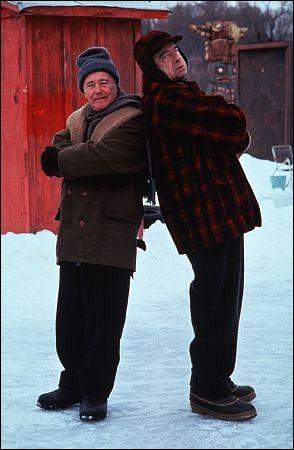 """On retrouve le couple infernal, Jack Lemmon et Walter Matthau, dans """"Les Grincheux"""", charmante comédie dans laquelle ils se disputent les charmes de... ?"""