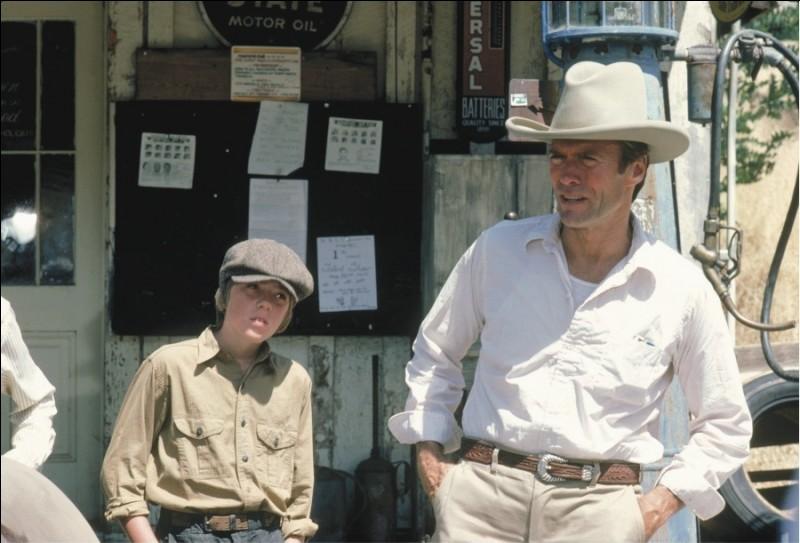 """Clint Eastwood a réalisé et joue dans """"Honkytonk man"""", un film sur un musicien et chanteur..."""