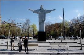 En quelle année a été construit le Christ Rédempteur ?