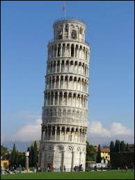 Qui a construit la tour de Pise ?