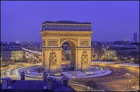 Dans quelle autre ville peut-on voir un Arc-de-Triomphe ?