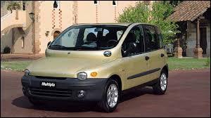 Quelle est la particularité de la Fiat Multipla ?