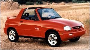 Quelle est la marque de cette petite voiture apparue dans les années 90 ?