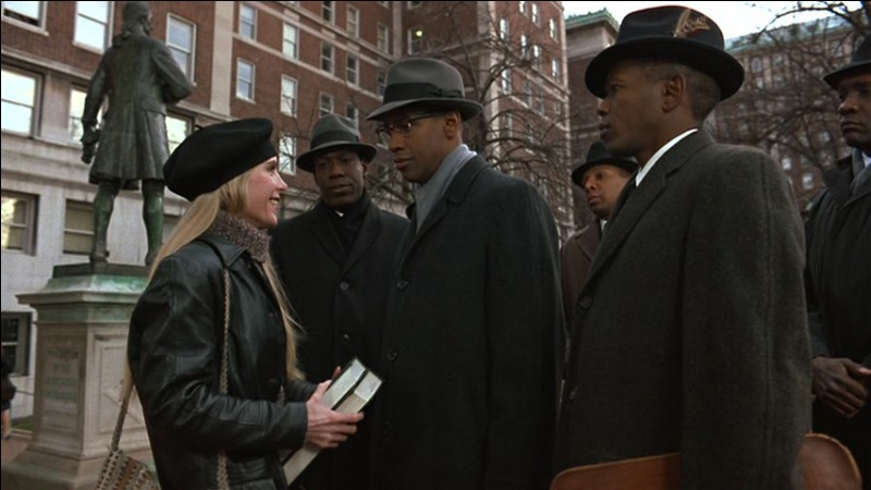 """""""Malcolm X"""" est un film de Spike Lee, sorti en 1992, consacré à la vie du militant des droits des Afro-Américains assassiné en 1965. Quel acteur incarne Malcolm X ?"""