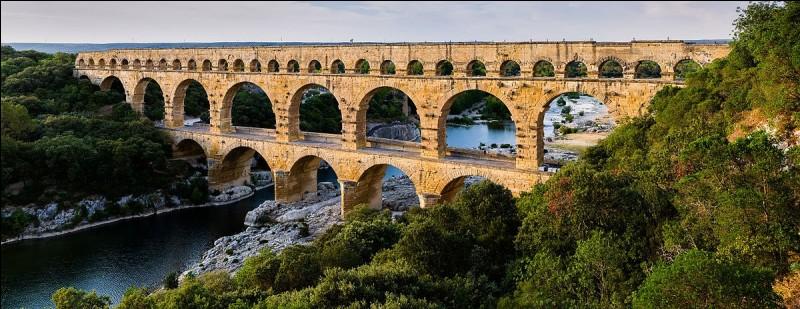 Dans quelle nouvelle région administrative le département du Gard est-il situé ?