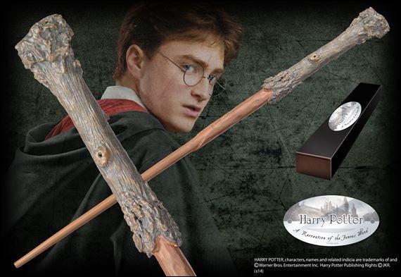 Chez qui Harry va-t-il acheter sa baguette magique, rôle interprété par John Hurt ?