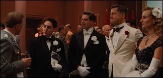Année : 2009 Genre : GuerreActeurs : Brad Pitt, Diane Kruger Indices : Commando/Cinéma/Nazis/jeu du personnage. Quel est ce film ?
