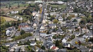 Comment appelle-t-on les habitants de Baraqueville (Aveyron) ?