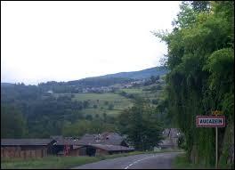 Les habitants d'Aucazein (Ariège) sont des ...