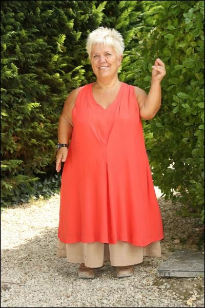 Quelle est la taille (précise) de Mimie Mathy ?