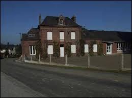 Fontaine-en-Bray est un village de l'ancienne région Haute-Normandie situé dans le département ...
