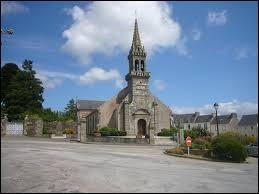 Je vous propose une balade en Bretagne à la découverte à Lennon. Village de l'arrondissement de Châteaulin, entre les monts d'Arré et les montagnes Noires, il se situe dans le département ...