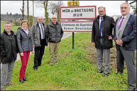À Mûr-de-Bretagne (Côtes-d'Armor), les habitants portent le gentilé ...