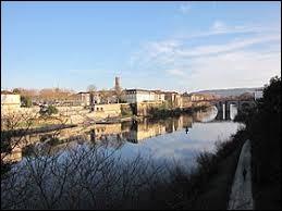 Ville du Lot-et-Garonne, Villeneuve-sur-Lot se situe en Occitanie.