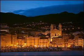 Ville de Corse, Bastia se situe dans le département 2B.