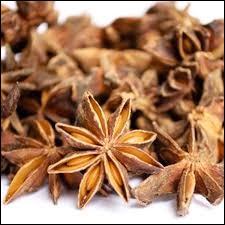 Combien de branches d'étoile la badiane compte-t-elle ?