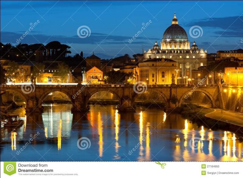 Combien de papes l'Église catholique a-t-elle connus ?