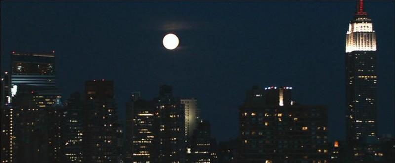 """En anglais, la nuit se dit """"night"""" ; et Frank Sinatra a chanté le fameux """"...... in the night"""". Quel mot est manquant ?"""