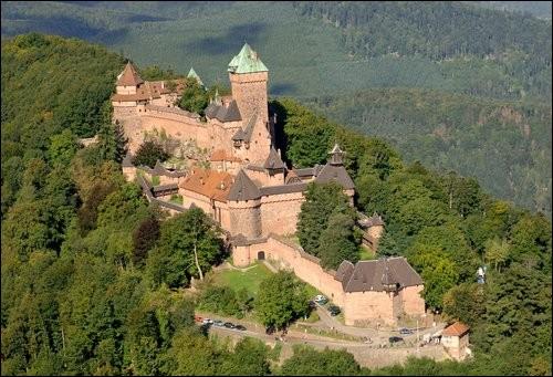 Dans quel département faut-il aller pour visiter le château alsacien du Haut-Kœnigsbourg ?