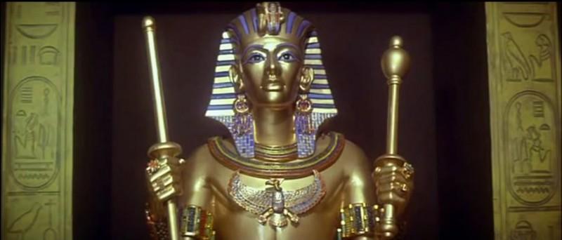 """""""Sphinx"""" est un film avec Leslie Ann Down, Maurice Ronet et Frank Langella, se passant en Egypte dans les années 80. Erica est une égyptologue s'intéressant à quel pharaon, père de Ramsès II ?"""