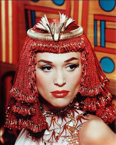 """Toujours l'Egypte antique dans """"L'égyptien"""", qui évoque Sinouhé. Qui était Sinouhé ?"""