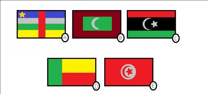 Lequel de ces drapeaux n'est pas un pays d'Afrique ?