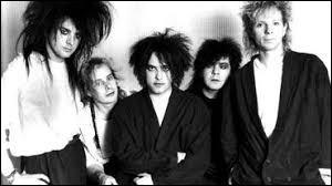 """Quel groupe interprète """"Close To Me"""" en 1985 ?"""
