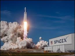 Qui est le fondateur de SpaceX ?