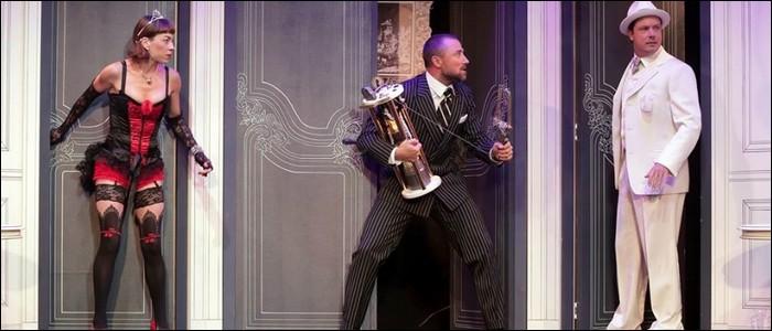 Quel genre de pièces est le plus souvent représenté dans le théâtre de boulevard ?