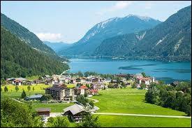 Quelle est la langue officielle de l'Autriche ?