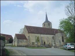 Pour finir, nous partons chercher des champignons à Girolles (Yonne). Les habitants de ce village se nomment les ...