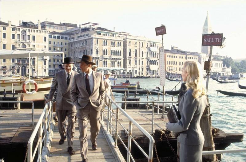 C'est l'arrivée à Venise des héros, sur un parcours qui va les mener très loin, et va révéler, outre les rats des catacombes de Venise... qu'il s'agit en fait du nom du chien...