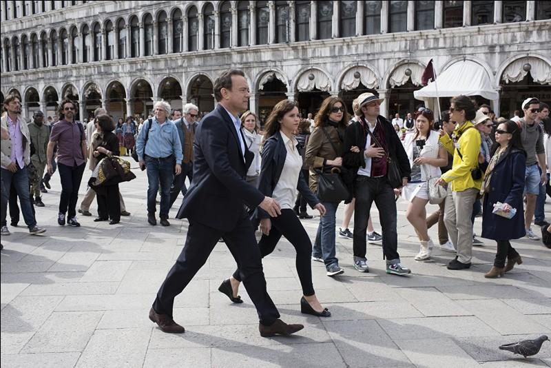 Le Da Vinci Code a eu des suites, dont une qui amène le héros, Tom Hanks, un spécialiste des symboles et codes à Venise, notamment Place Saint Marc...