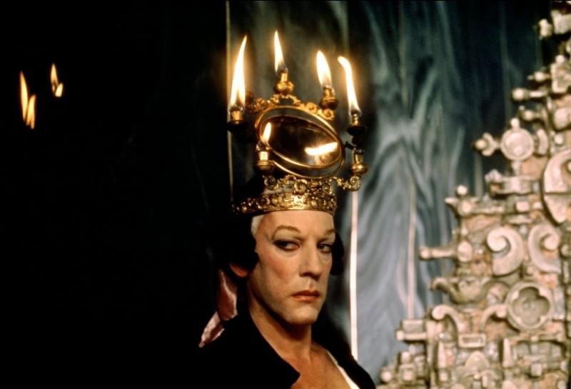 C'est étonnamment le canadien Donald Sutherland que le réalisateur Federico Fellini a choisi pour incarner Casanova, l'un des illustres personnages de Venise...