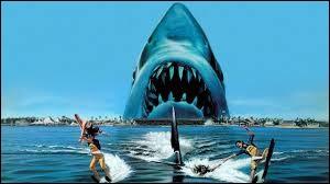 """Qui a réalisé le film """"Les Dents de la mer"""" ?"""
