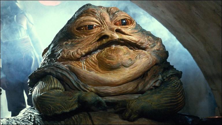 Jabba le Hutt est tué par Luke Skywalker dans l'épisode 6.