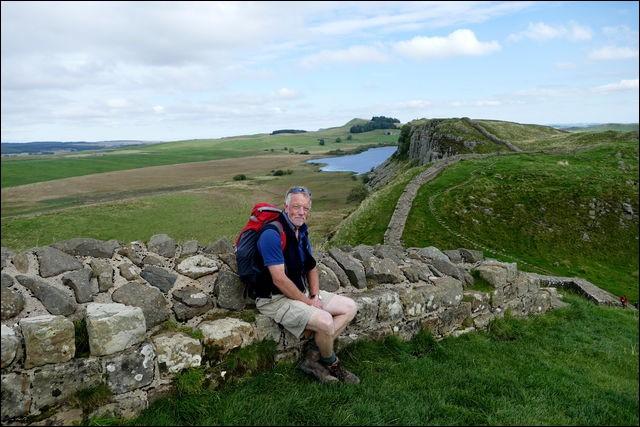 Long de 135 km, ce National Trail est classé au Patrimoine mondial de l'Unesco. Quel plaisir d'explorer 2000 ans d'histoire en se promenant le long de ses tourelles, châteaux et forts. Certaines portions sont intactes et l'on peut visiter un excellent musée.Quelle randonnée suit la frontière romaine la mieux préservée au monde ?