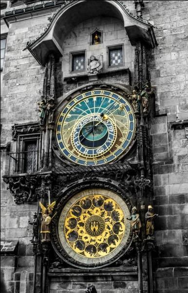 """Quelle heure est-il au clocher de l'église dans la chanson """"Les Mots bleus"""" de Christophe ?"""