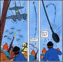 Quelle est la sorte d'avion qui attaque le Sambouk qui emmène Tintin et le capitaine Haddock à La Mecque ?
